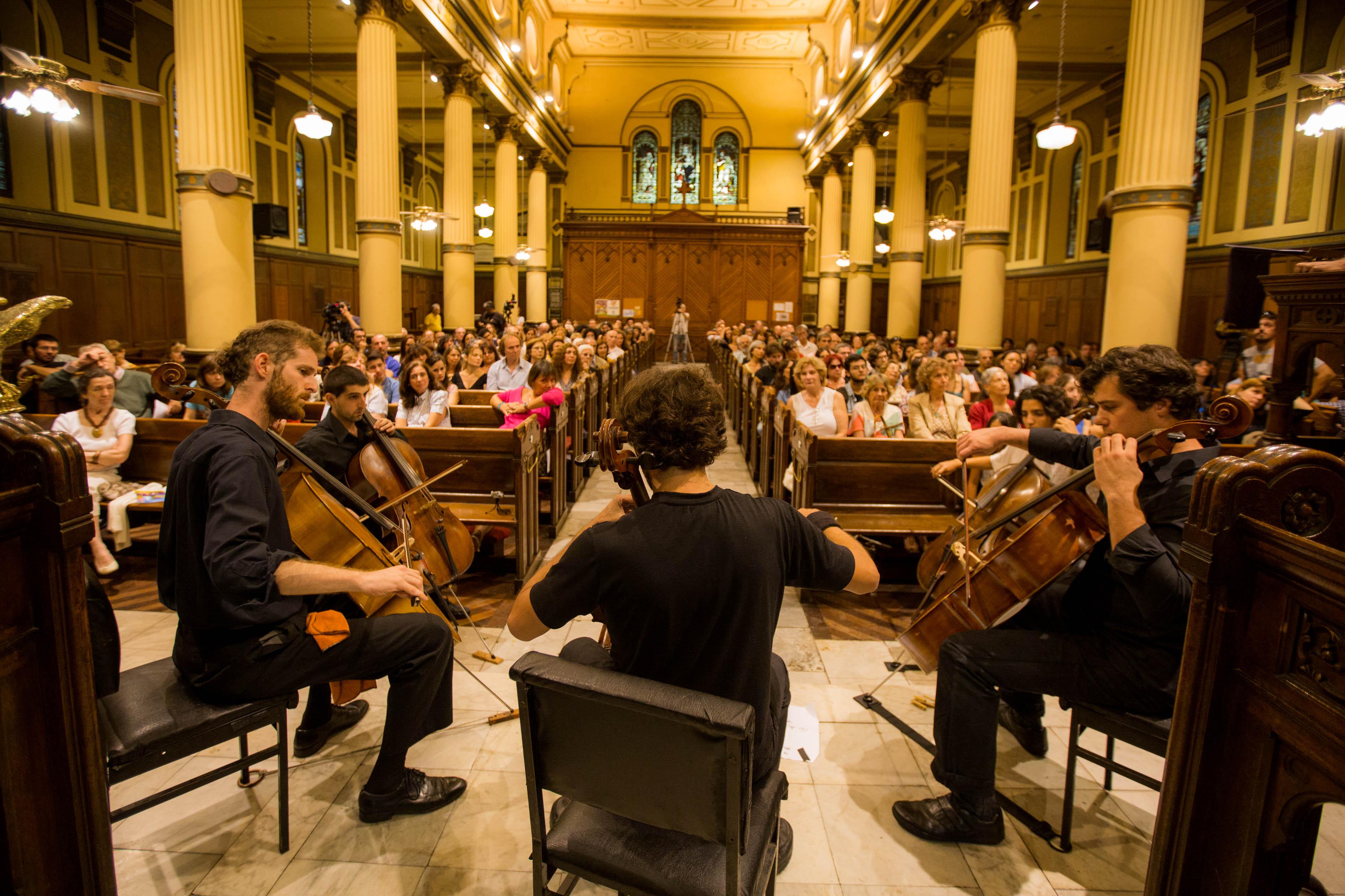 12-Música- Ricardo II-ensamble de Cellos-280215